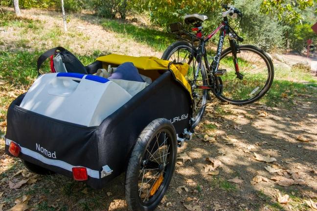 bike-picnic-burley-2